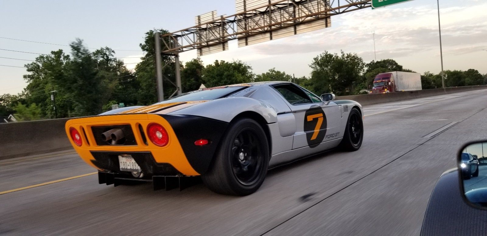 solar 7 ford gt on road