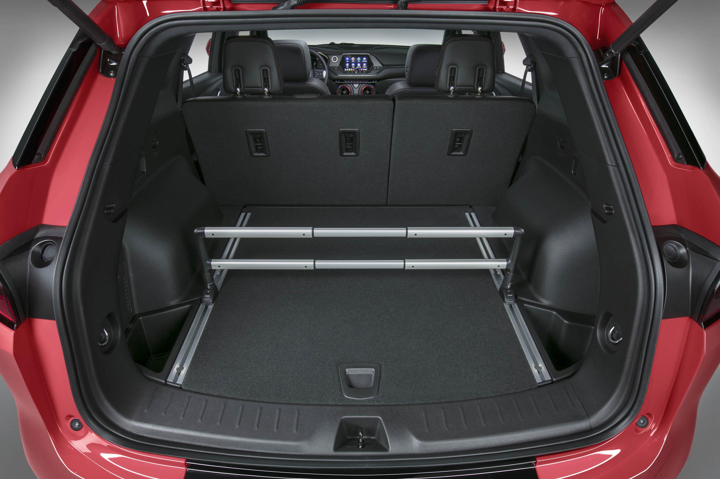 2019 Chevrolet Blazer trunk