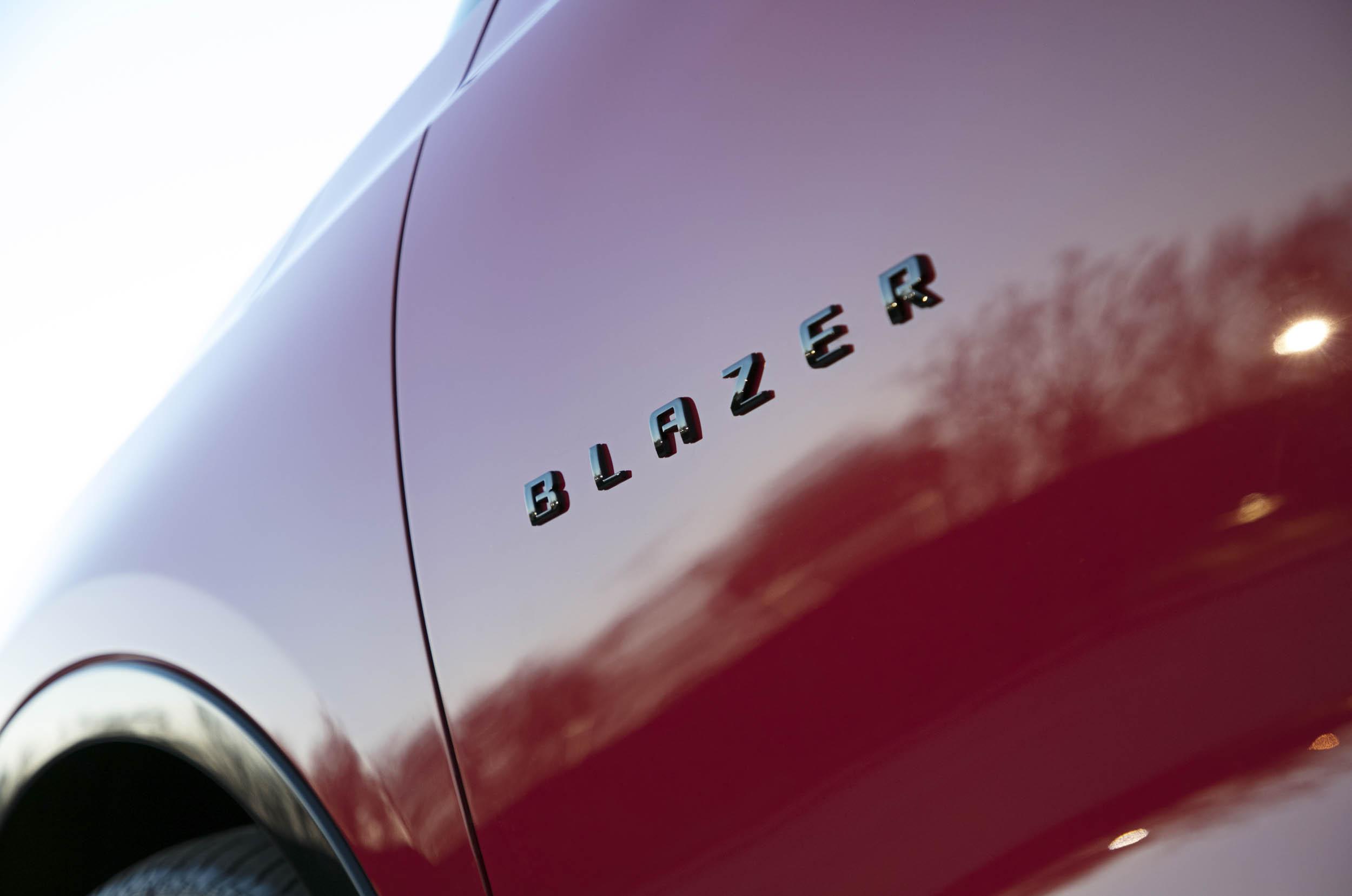 2019 Chevrolet Blazer badge detail