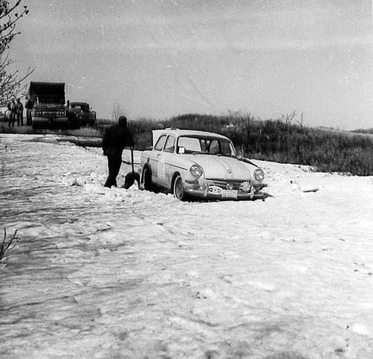 A Volkswagen gets stuck in the snow near Yorkton, Saskatchewan, during the 1964 Trans-Canada Rally