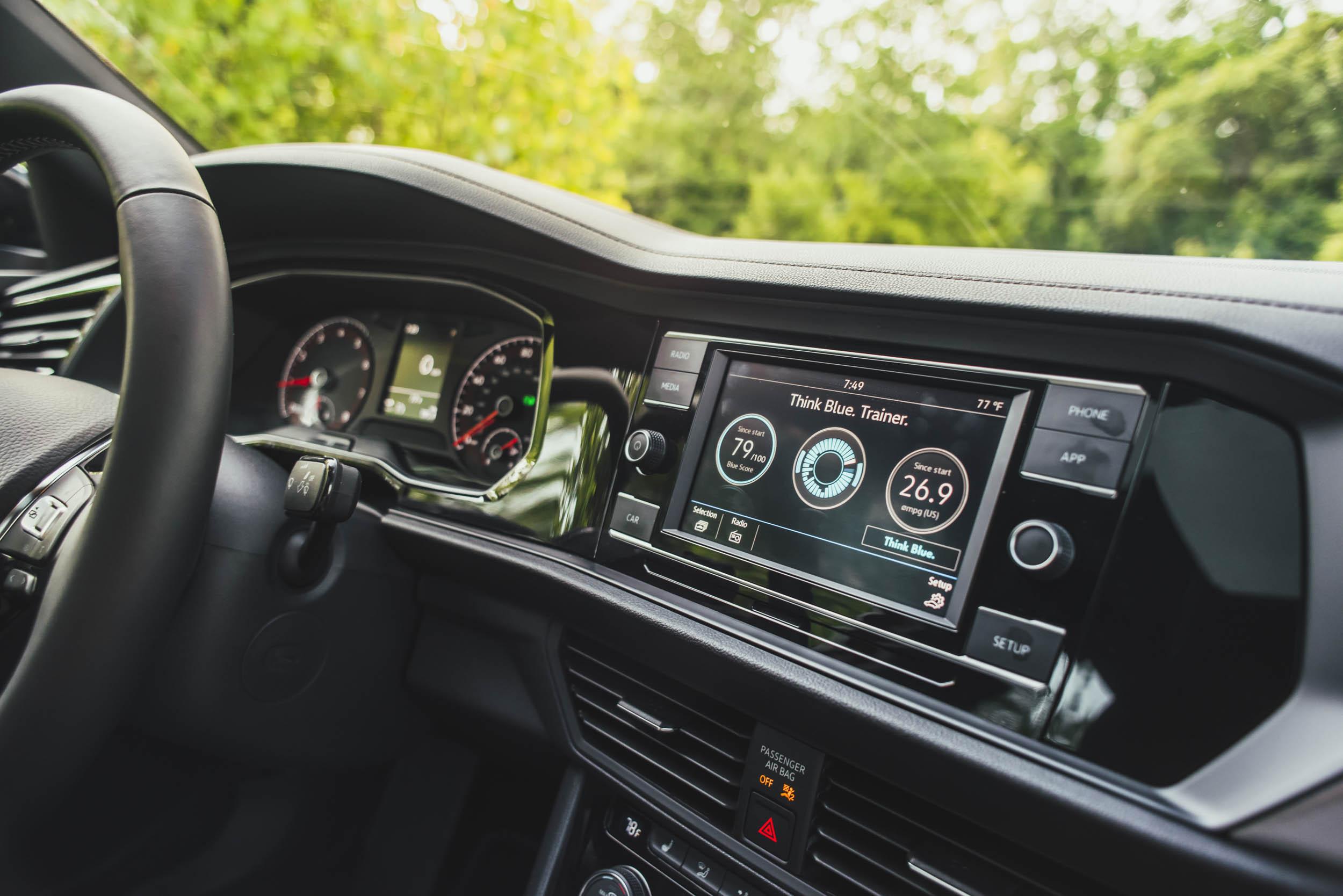 volkswagen jetta r-line dashboard