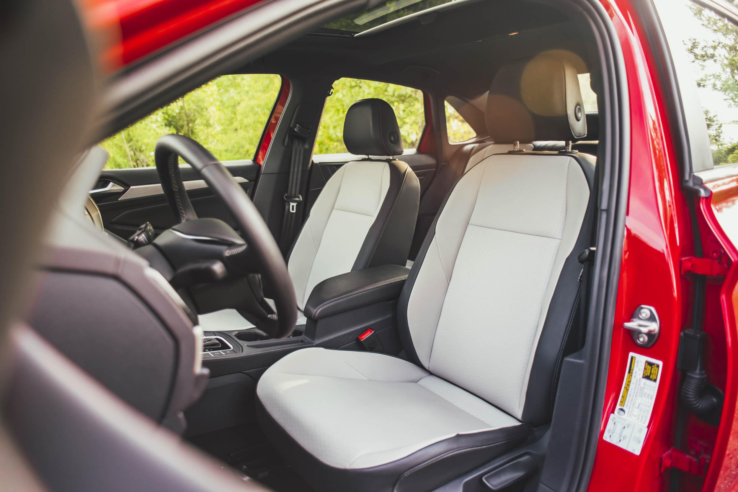 volkswagen jetta r-line seats and interior