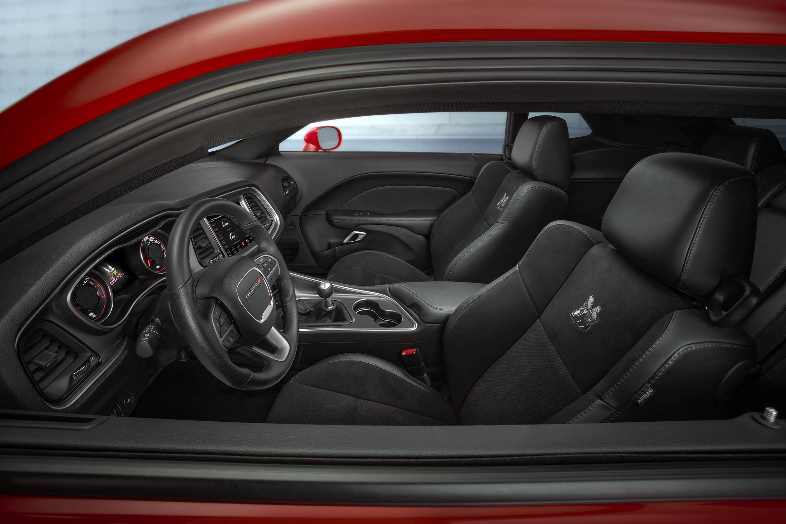 2019 Dodge Challenger R/T Scat Pack Widebody interior