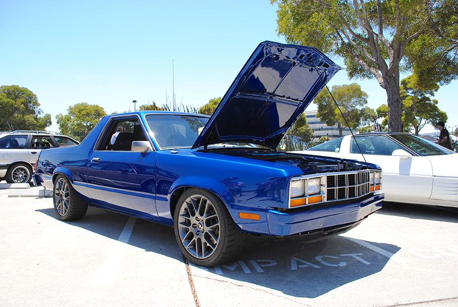 1981 Ford Durango open hood