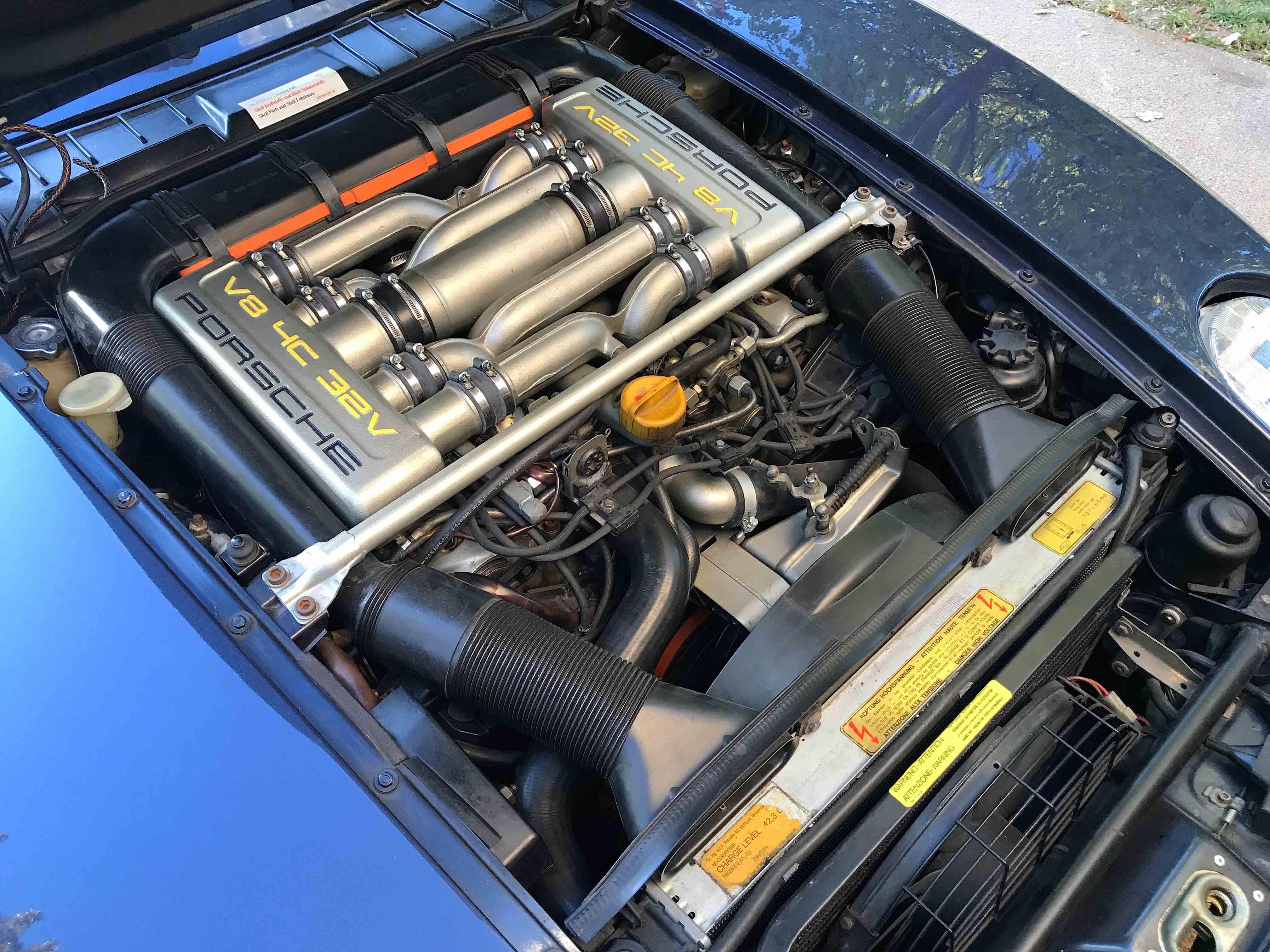 1986 Porsche 928 engine