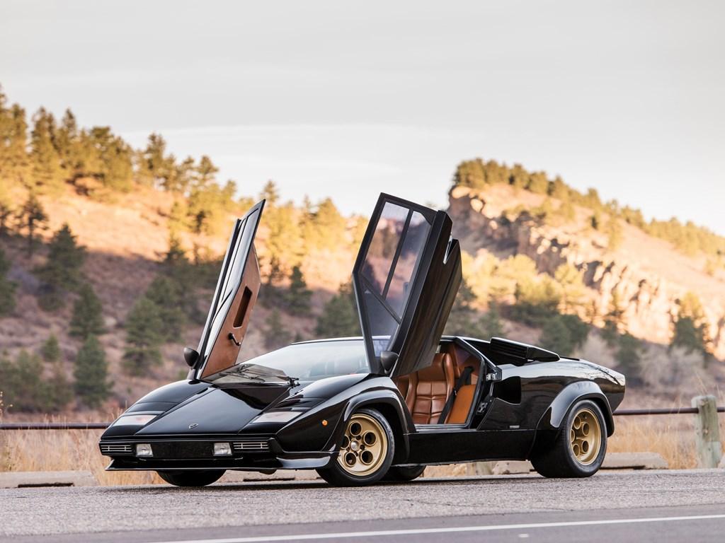 1979 Lamborghini Countach LP400 S Series I doors open