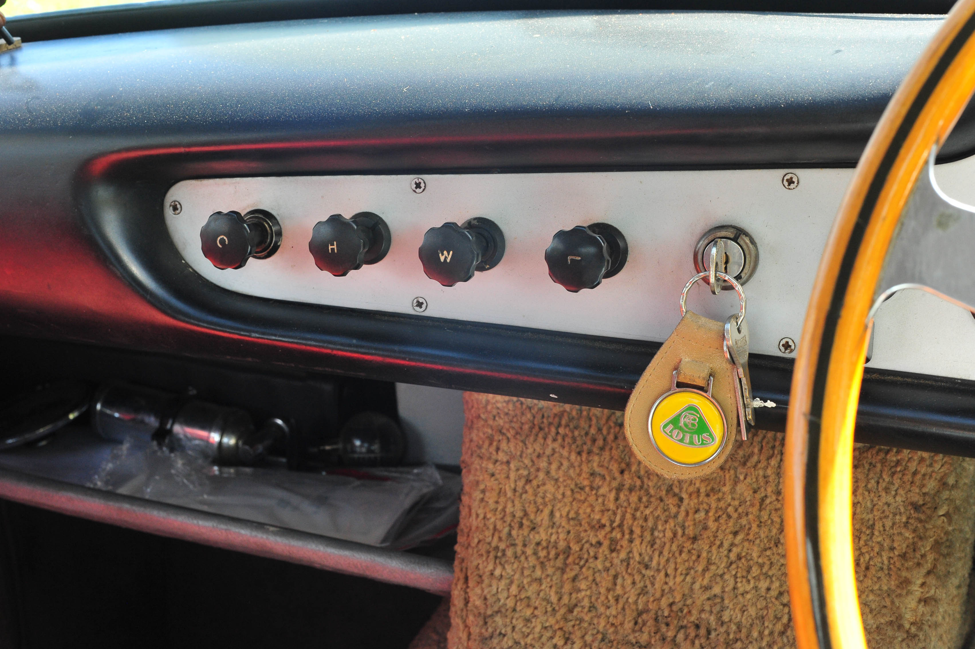 1961 Type 14 Lotus Elite switchgear