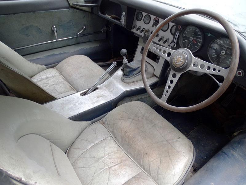 1962 Jaguar E-Type 3.8 Coupe interior
