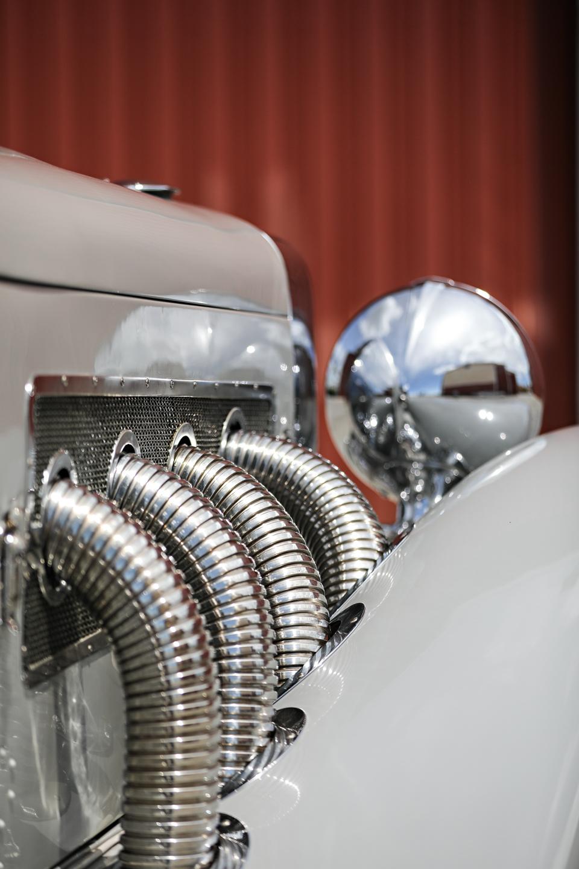 1935 Duesenberg SSJ exhaust pipes