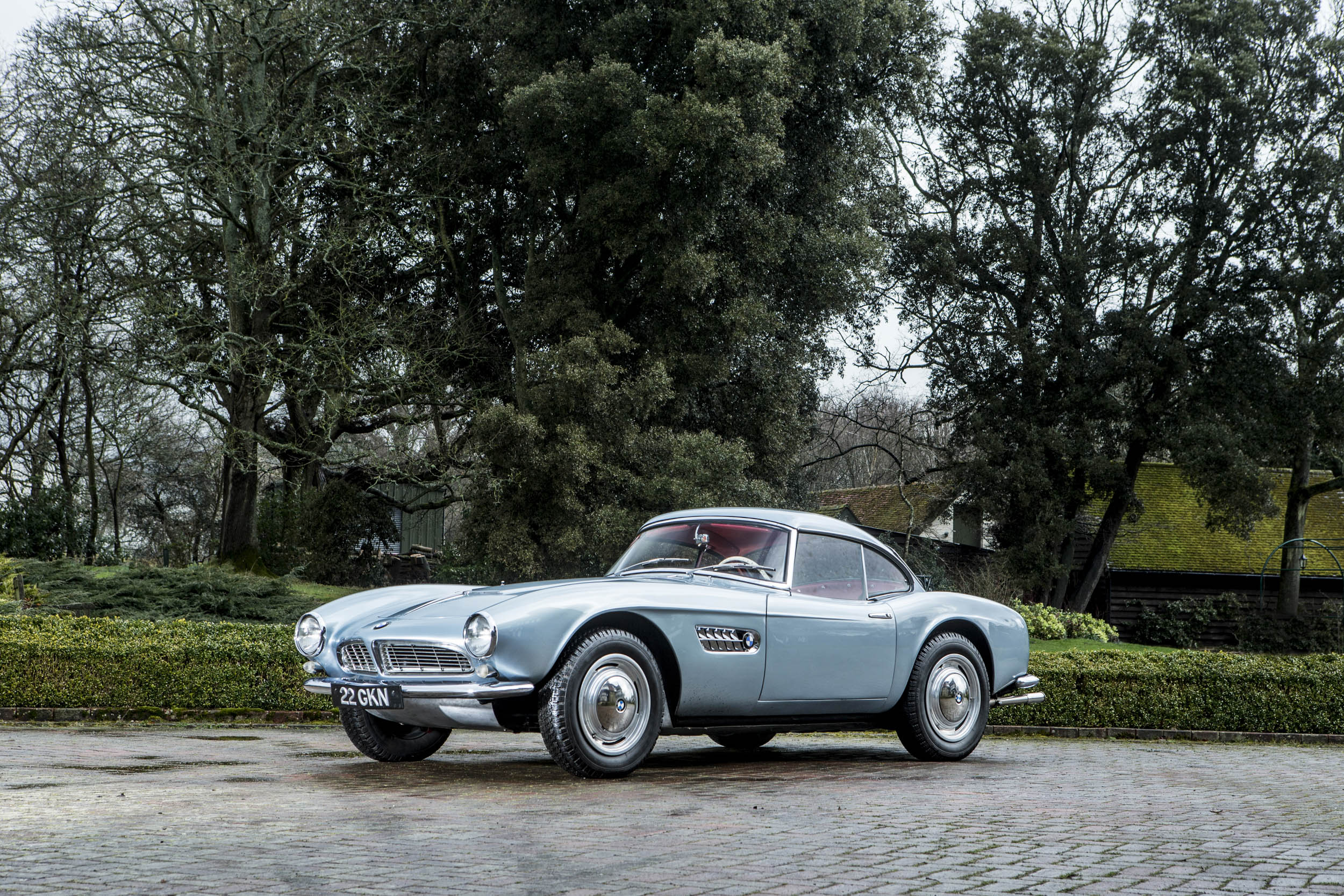 John Surtees' 1957 BMW 507 front 3/4