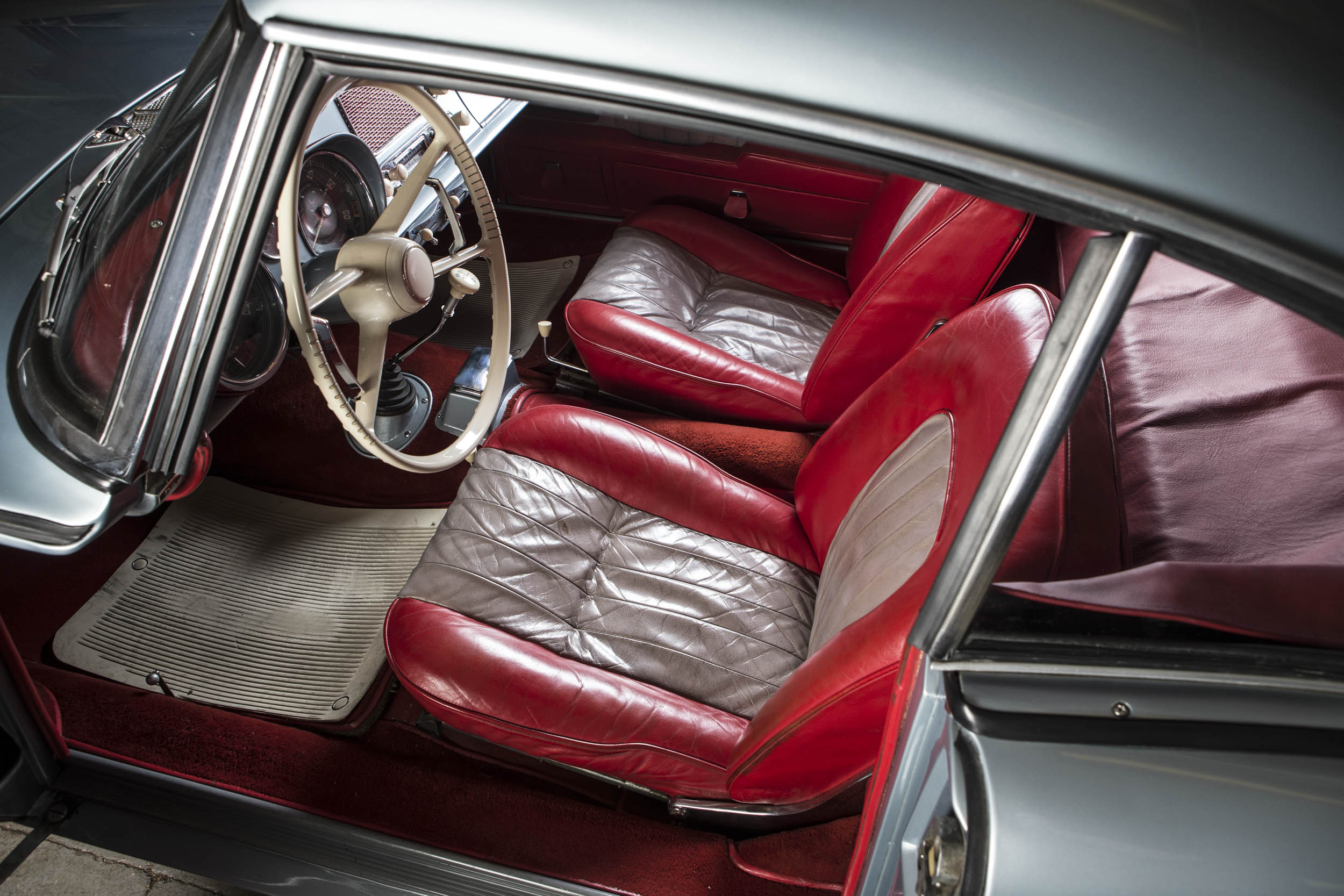 John Surtees' 1957 BMW 507 interior