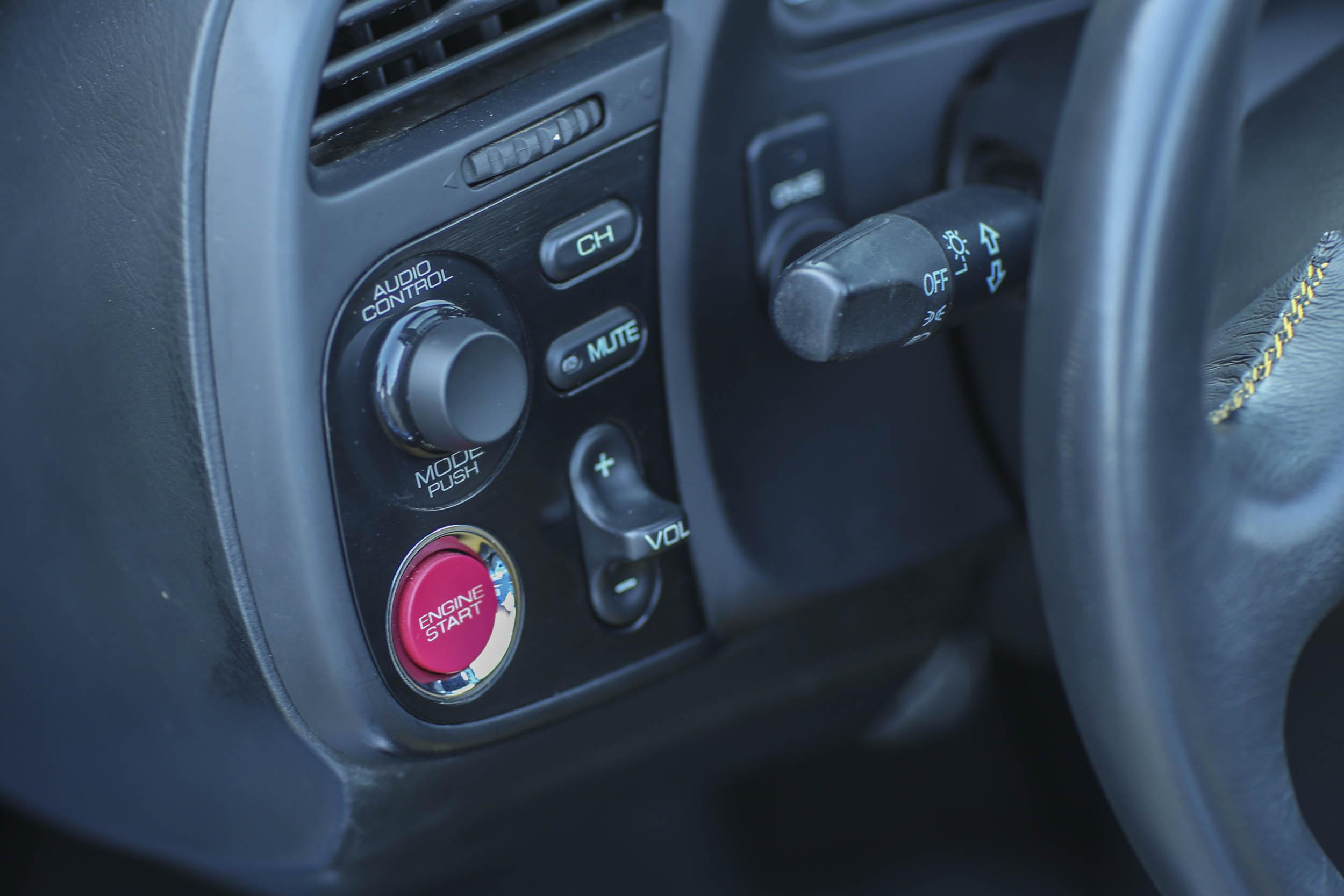 Honda S2000 start button
