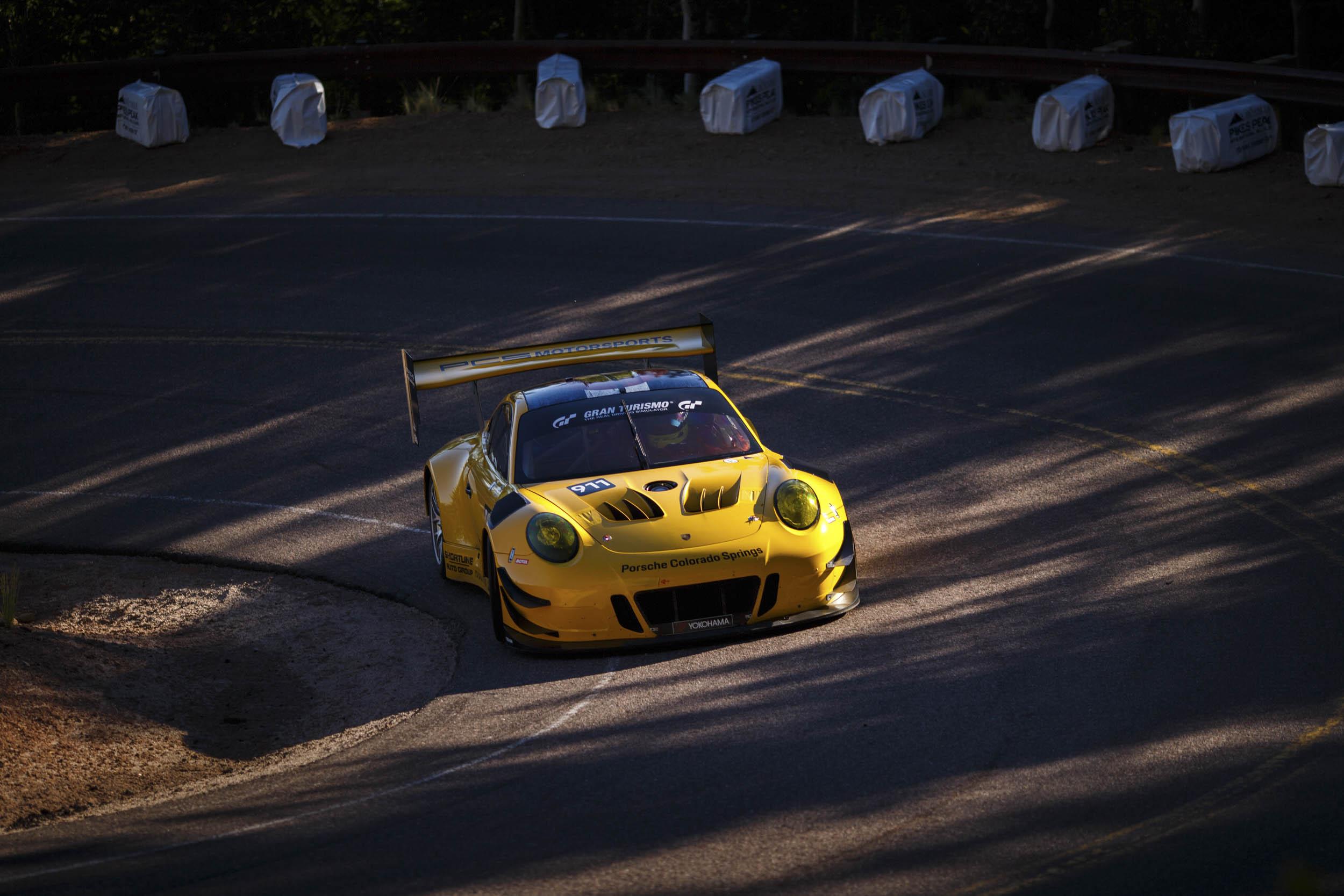 Porsche climbing Pikes Peak 2018