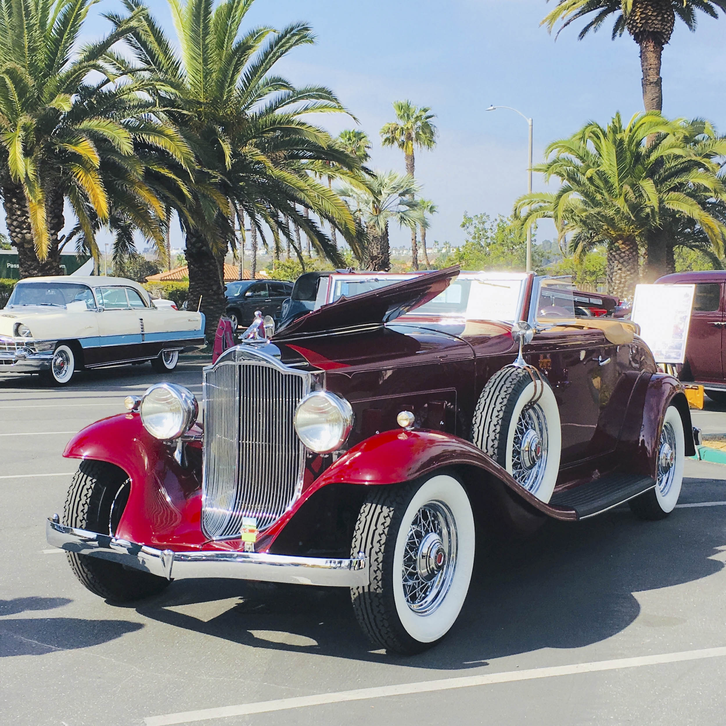 1932 Packard Light 8 coupe roadster