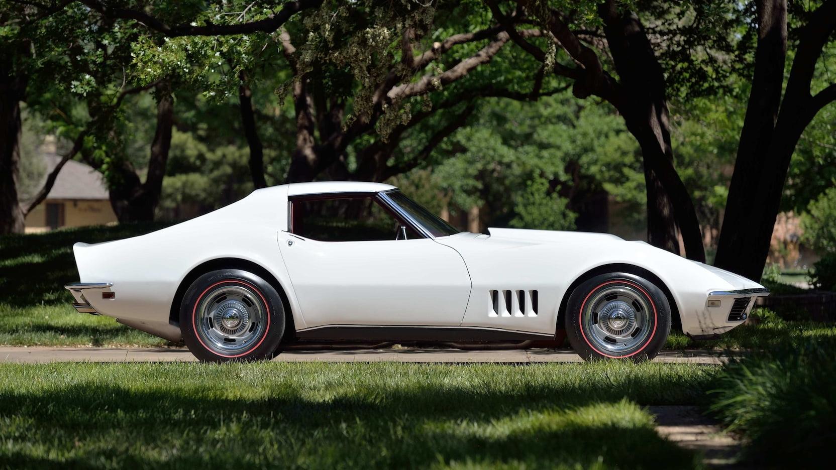 1968 Corvette L88 Coupe Side profile white