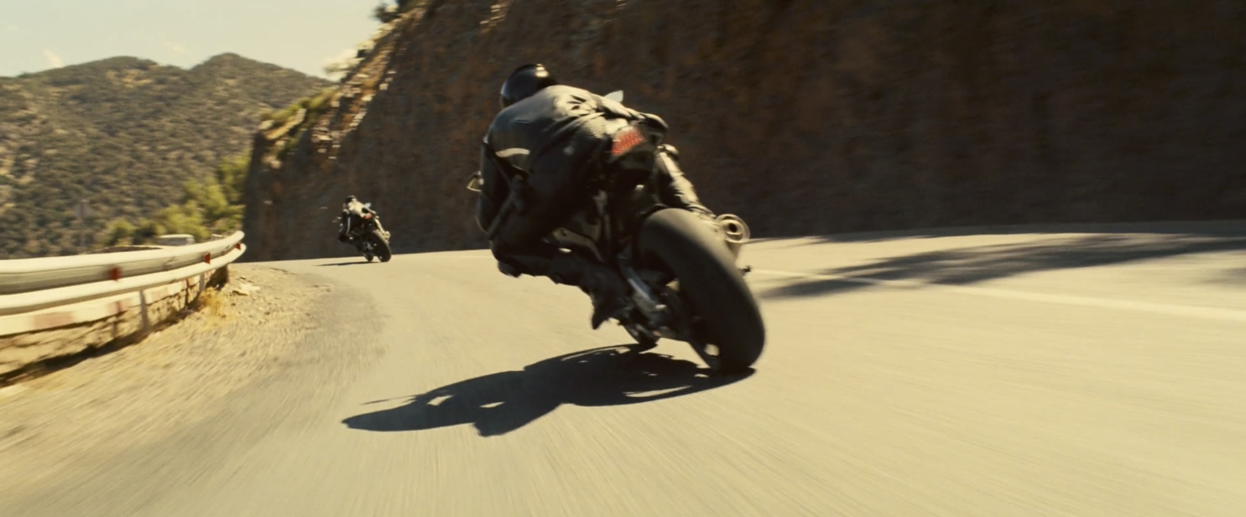 Mission Impossible: Rogue Nation bike chase on canyon road