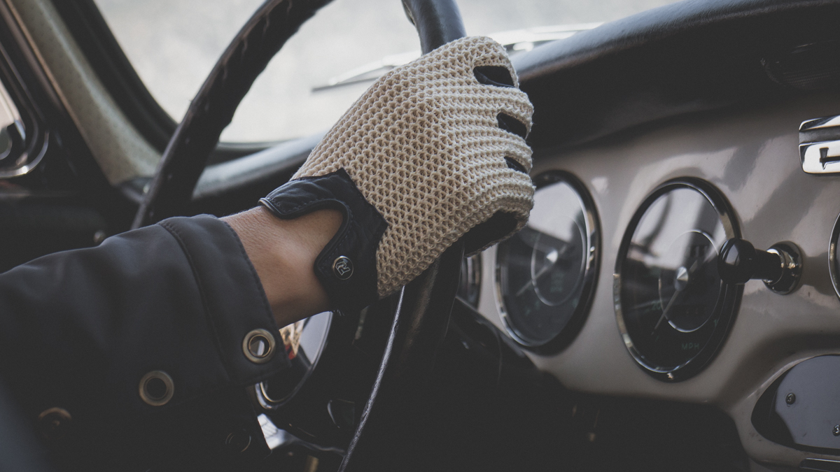 driving a 1964 Porsche 356
