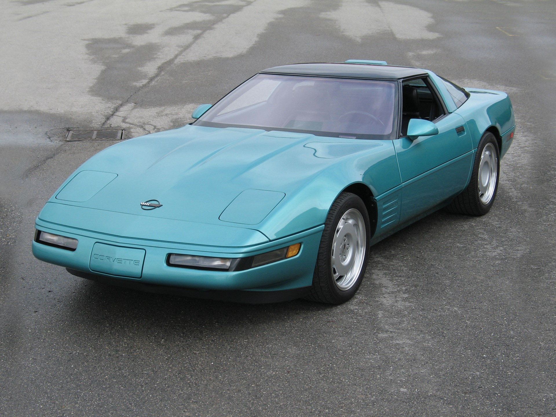 1991 Chevrolet Corvette ZR-1 teal front 3/4