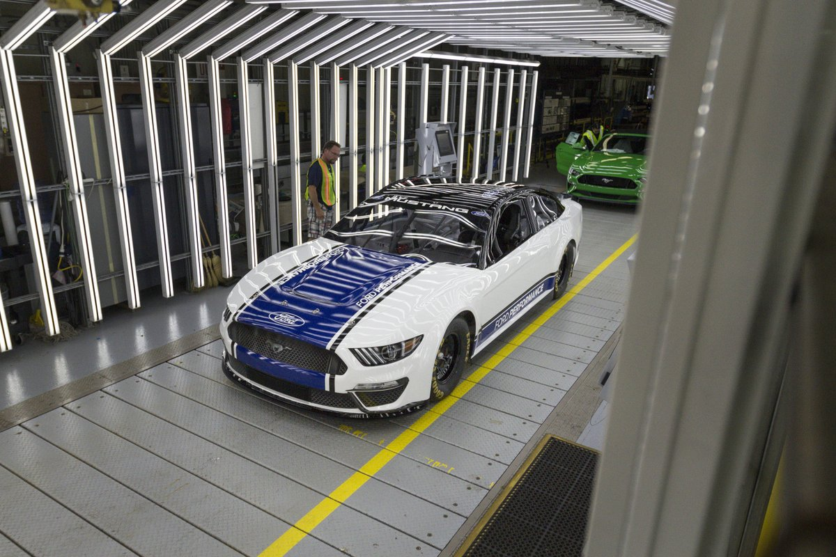2019 NASCAR Ford Mustang production
