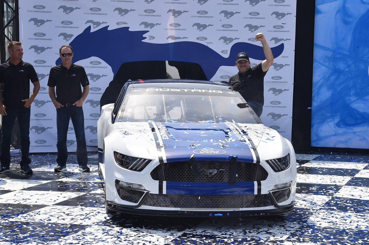 2019 NASCAR Ford Mustang celebration