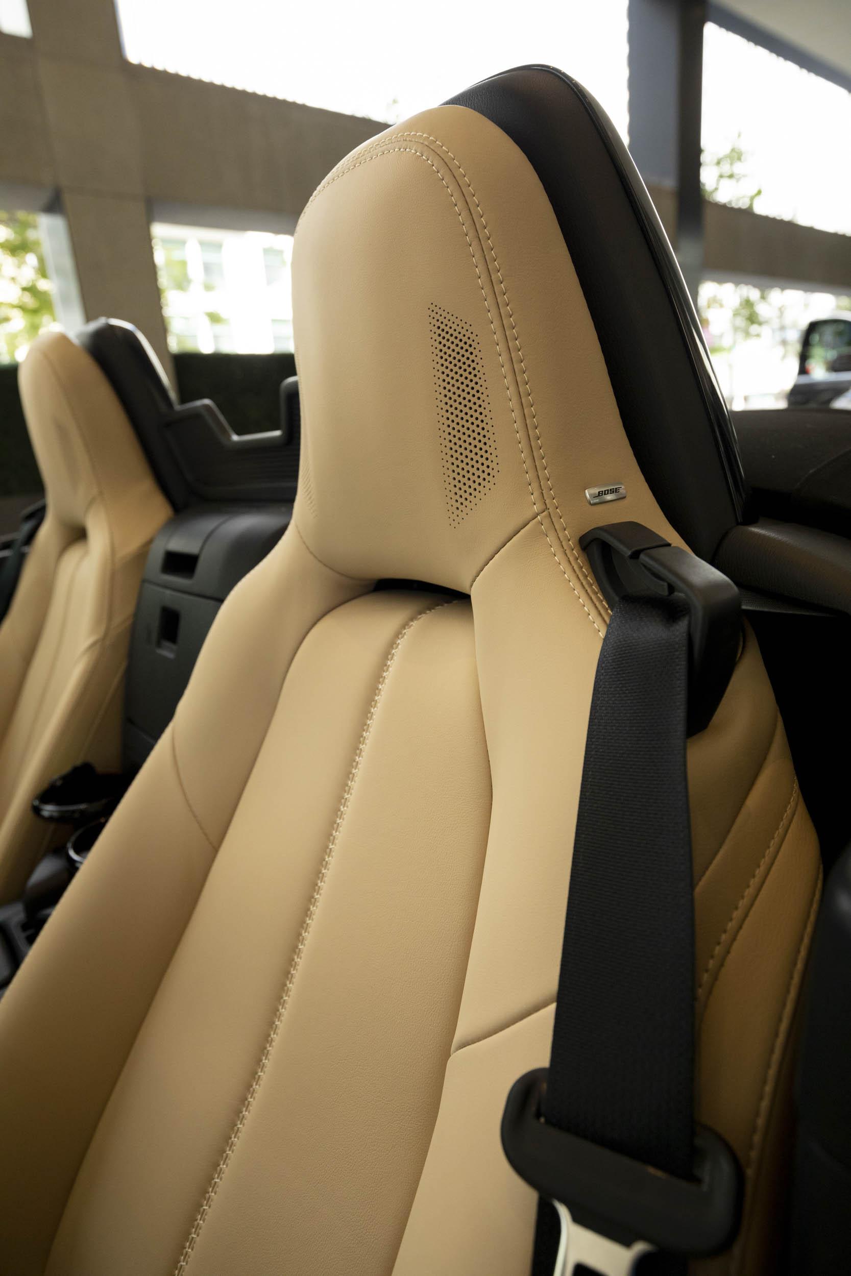 Mazda MX-5 Miata bose seat