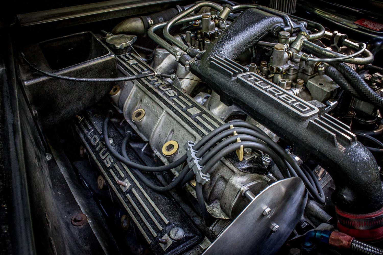 lotus esprit engine