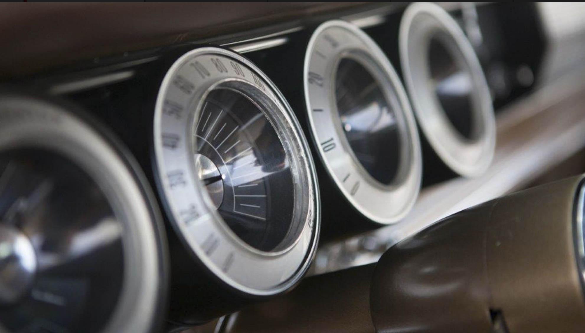 1967 Dodge Charger gauge cluster