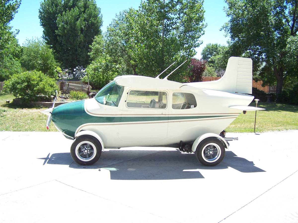 1968 VW Beetle/1959 Cessna 172 side profile