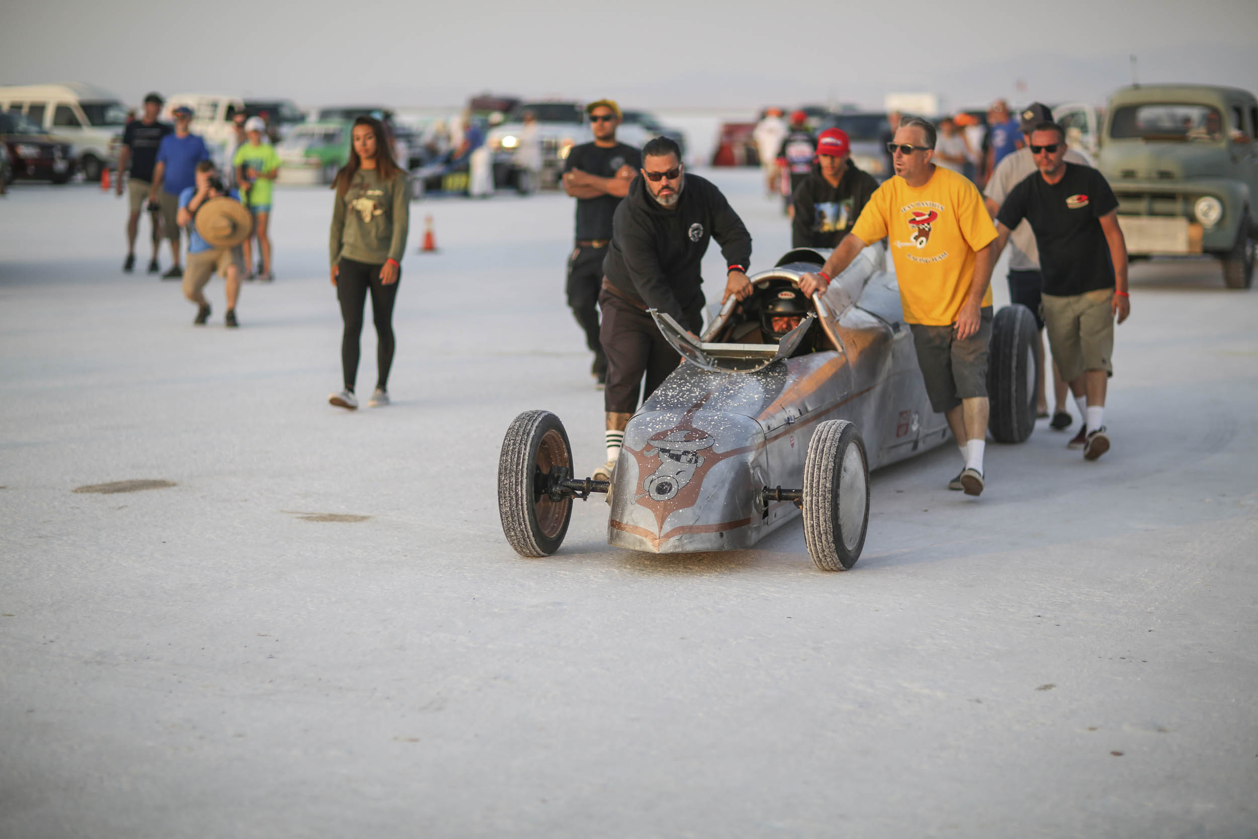 Walking to the starting line Speedweek 2018
