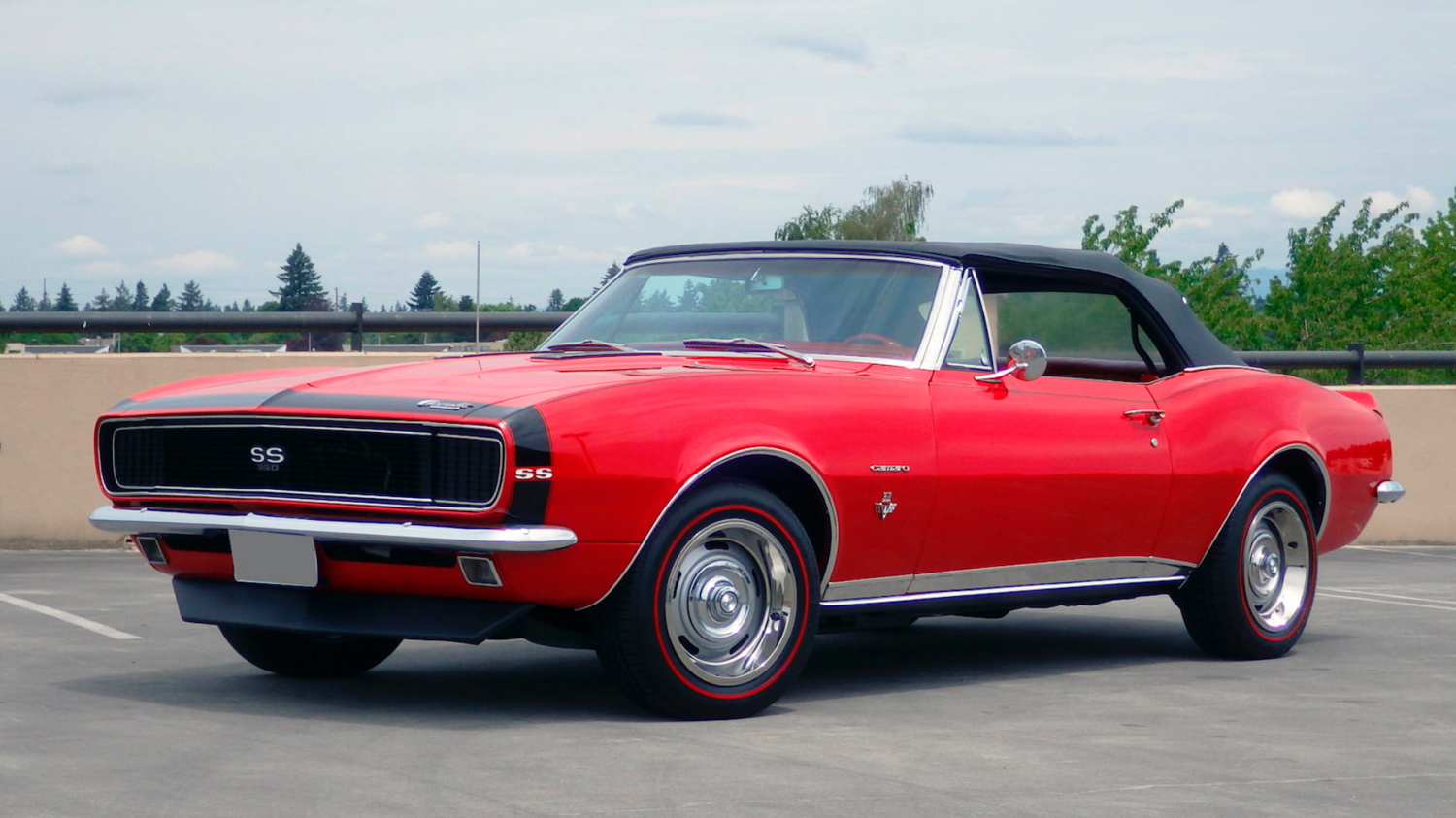 1967–68 Camaro SS 350 front 3/4 red