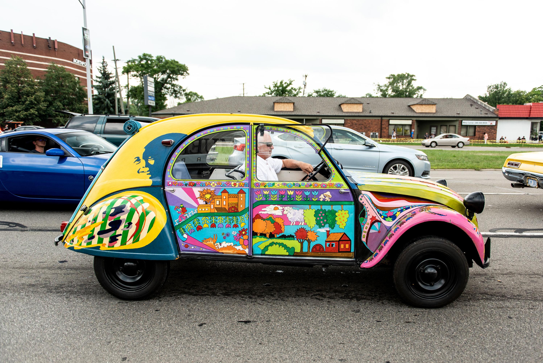 woodward dream cruise 2cv custom paint