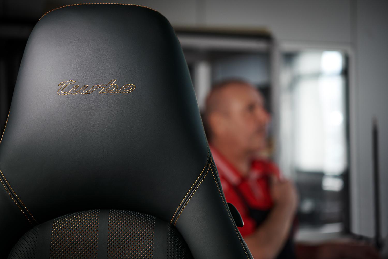 "Porsche ""Project Gold"" 993 Turbo seats stitching"