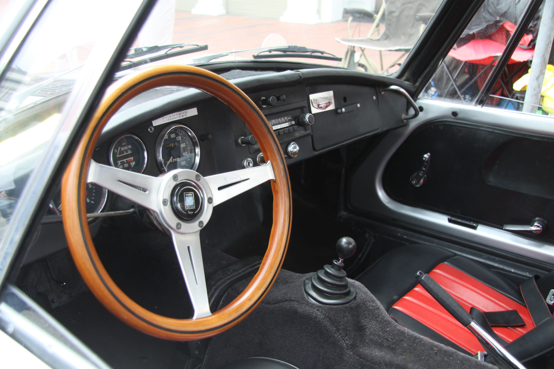 little car show toyot sports car interior