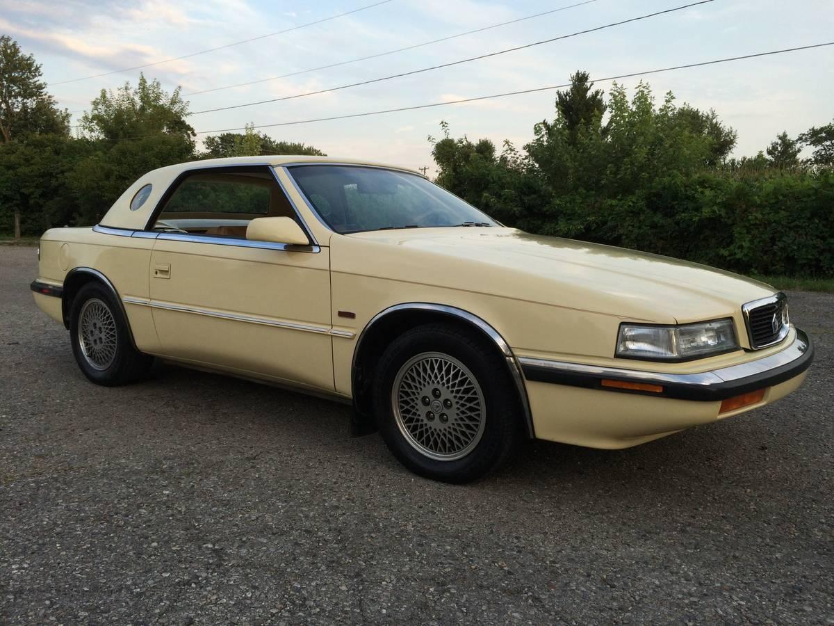 Chrysler TC by Maserati yellow front 3/4