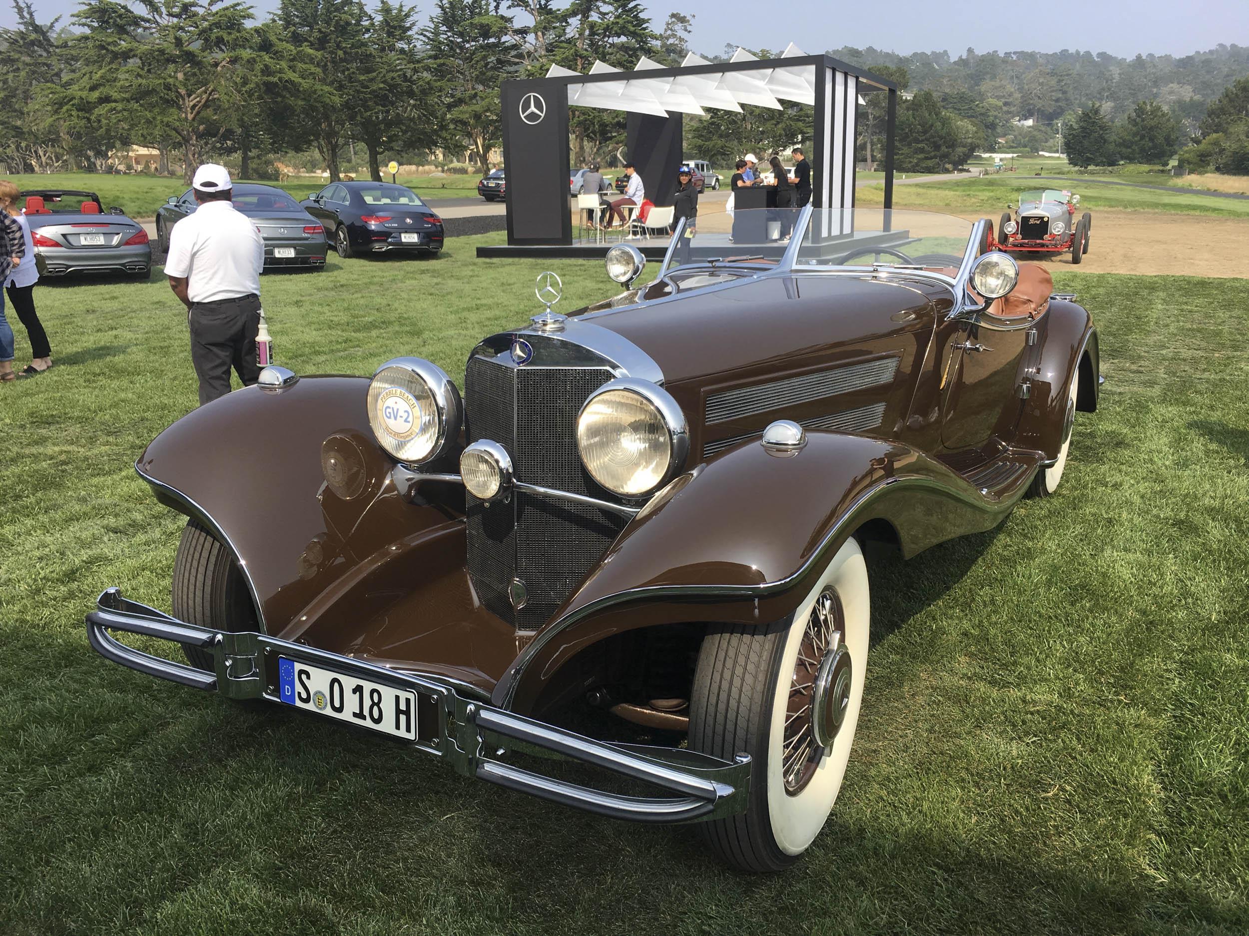 1935 Mercedes-Benz 540K front 3/4