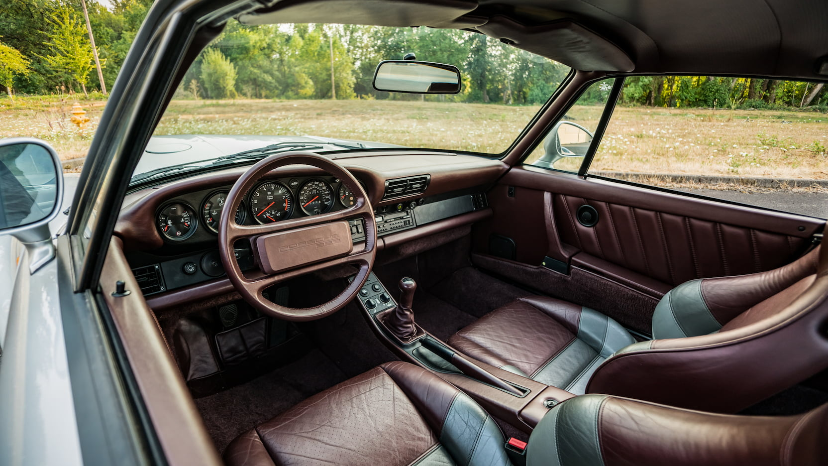 1987 Porsche 959 Komfort interior