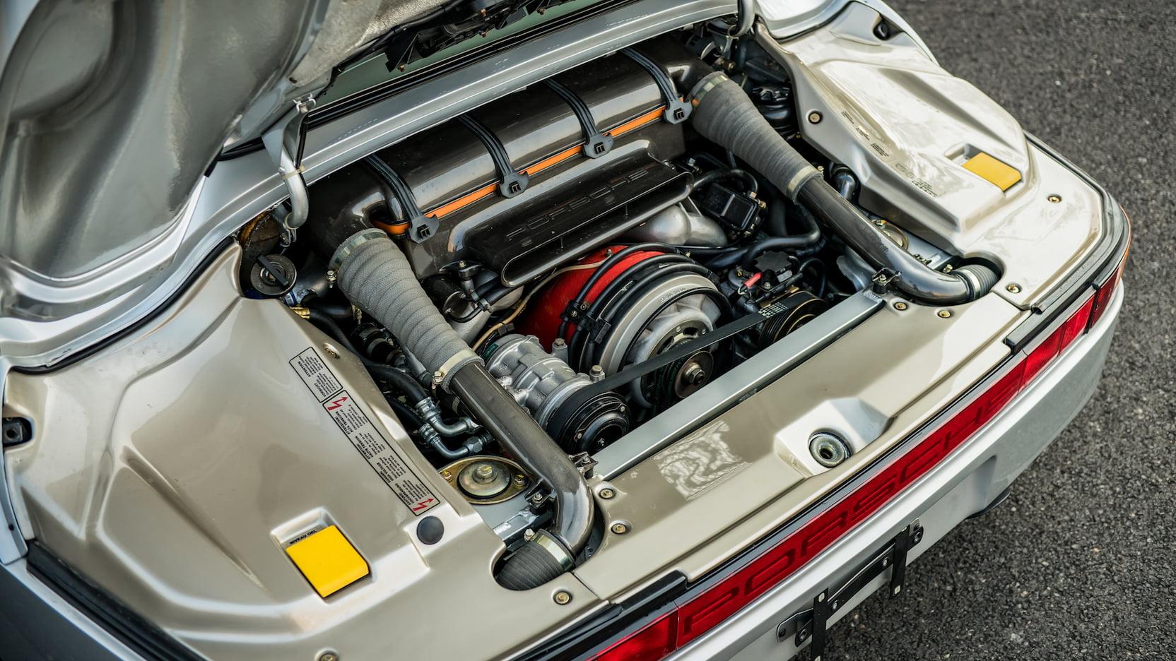 1987 Porsche 959 Komfort engine