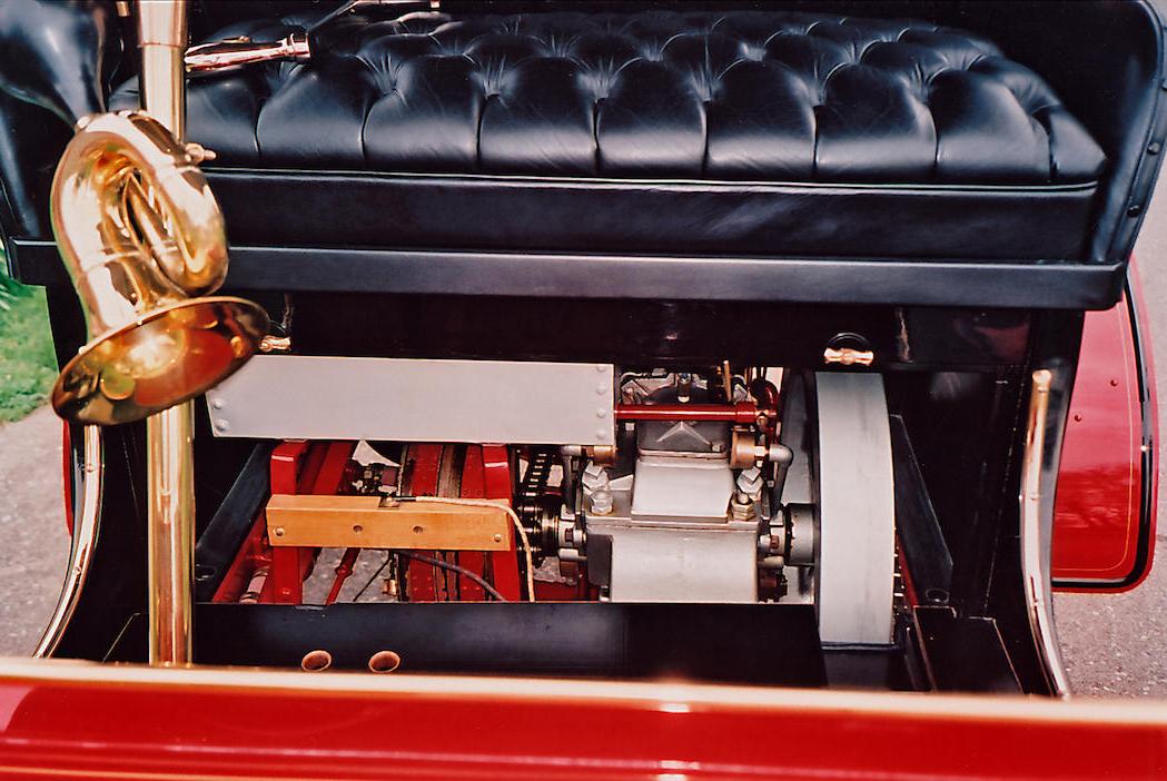 1903 Cadillac engine