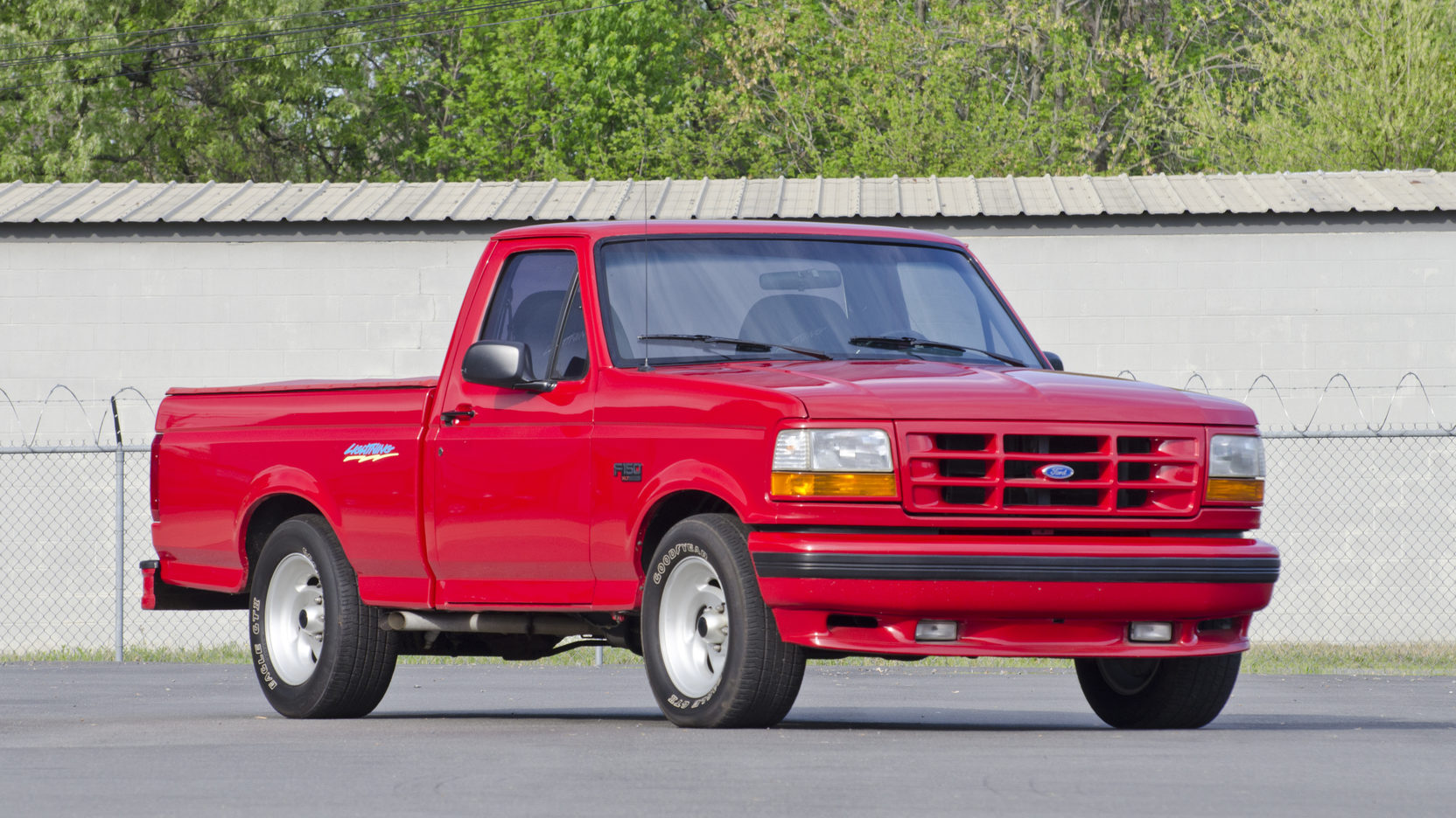 1993 Ford F150 Lightning front 3/4