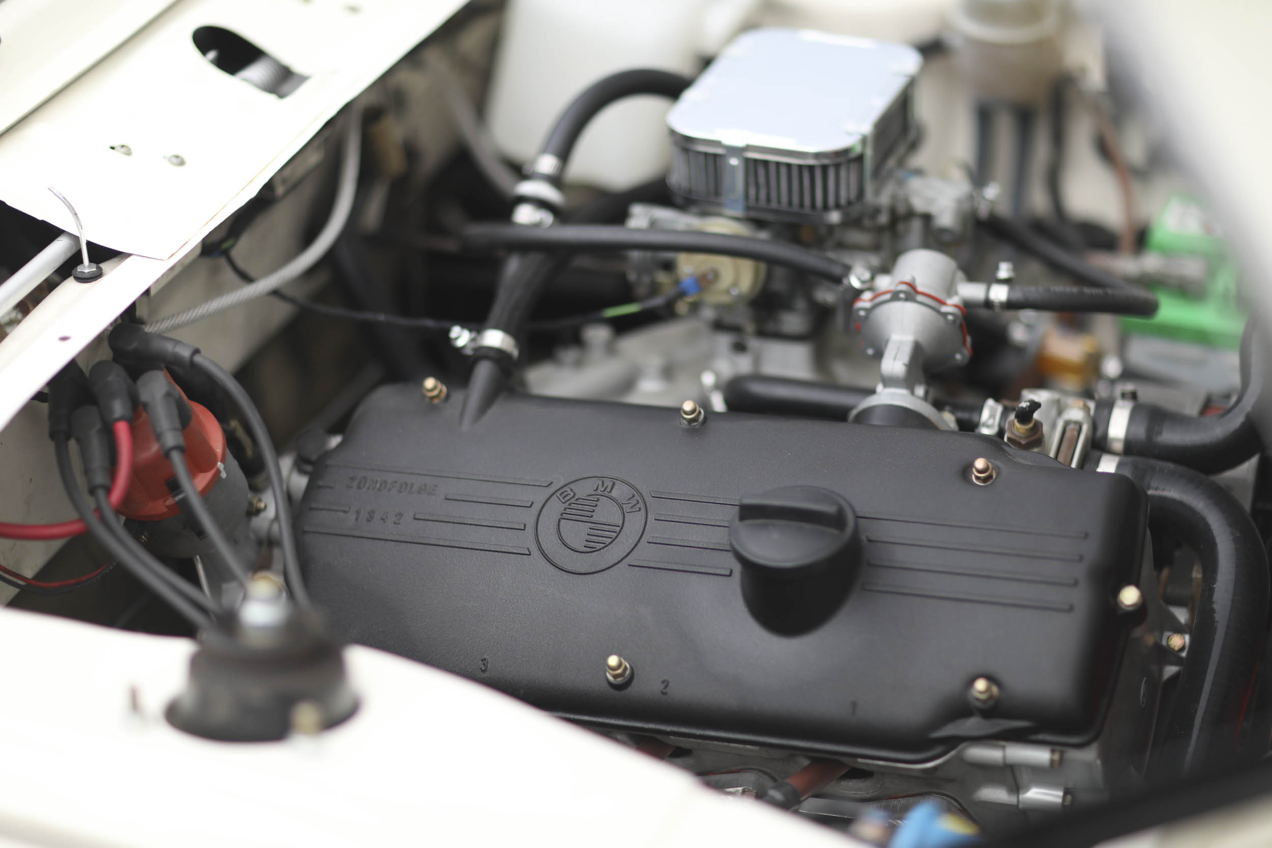 1975 BMW 2002  engine