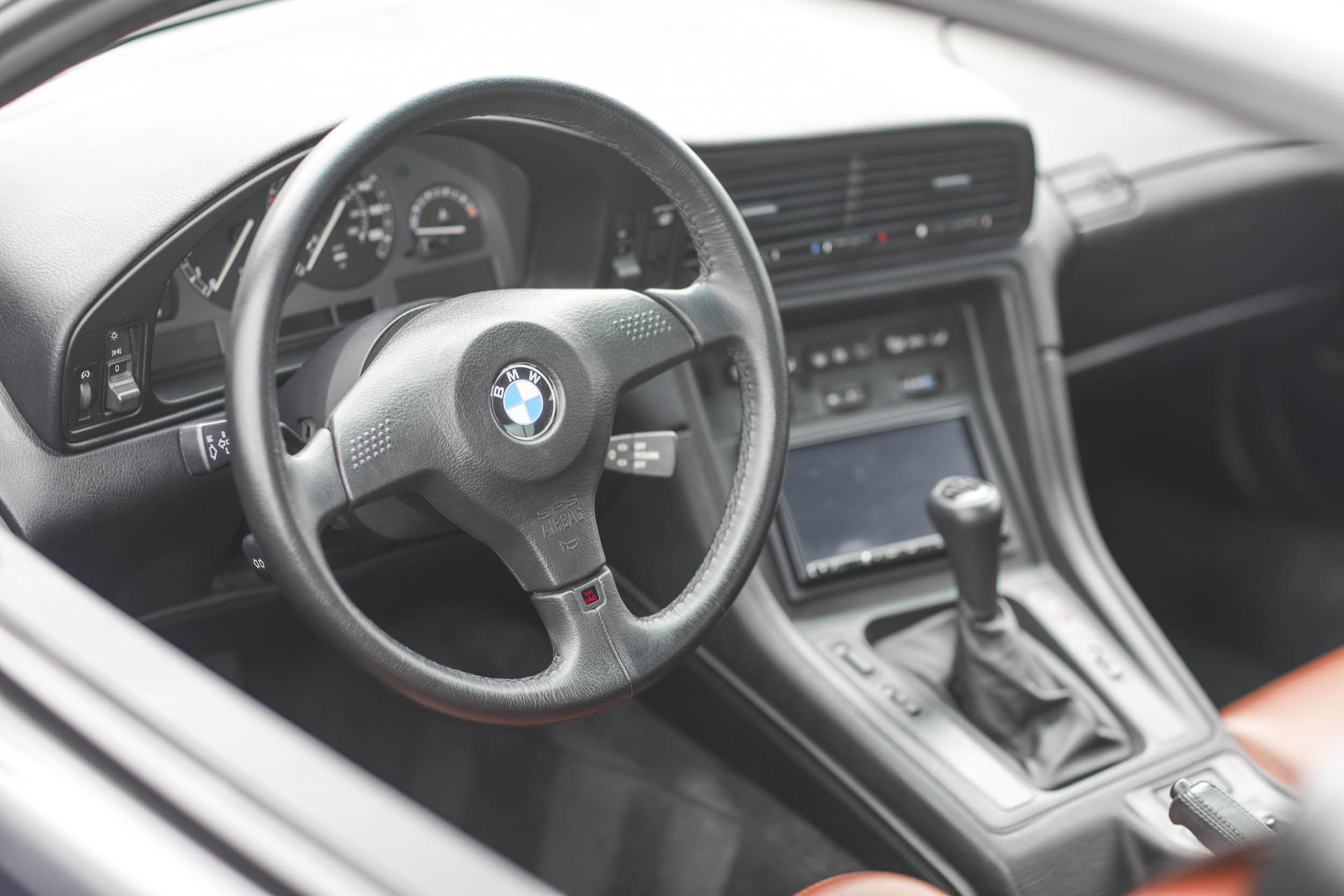 1993 BMW 850Ci steering wheel