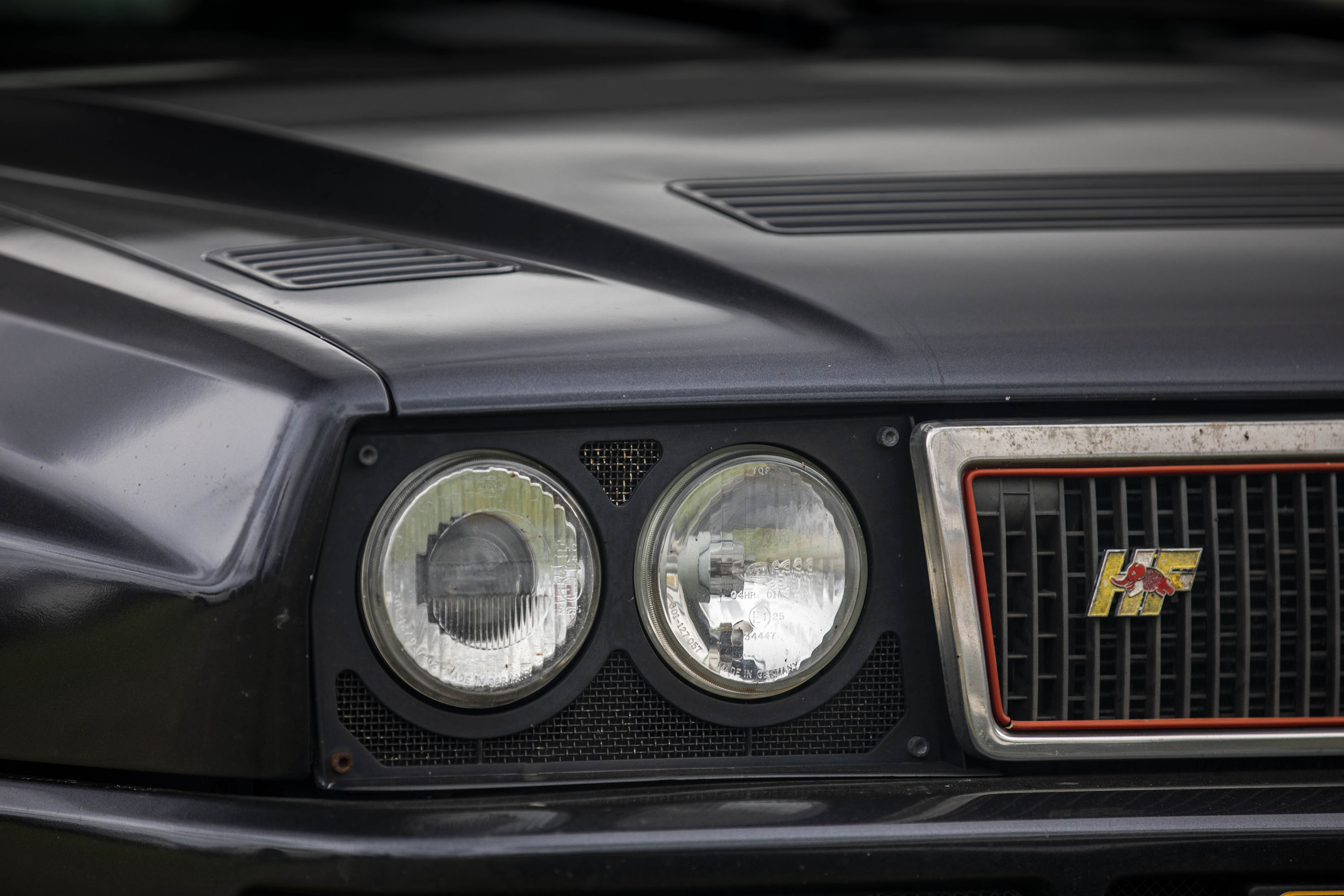 Lancia Integrale headlight
