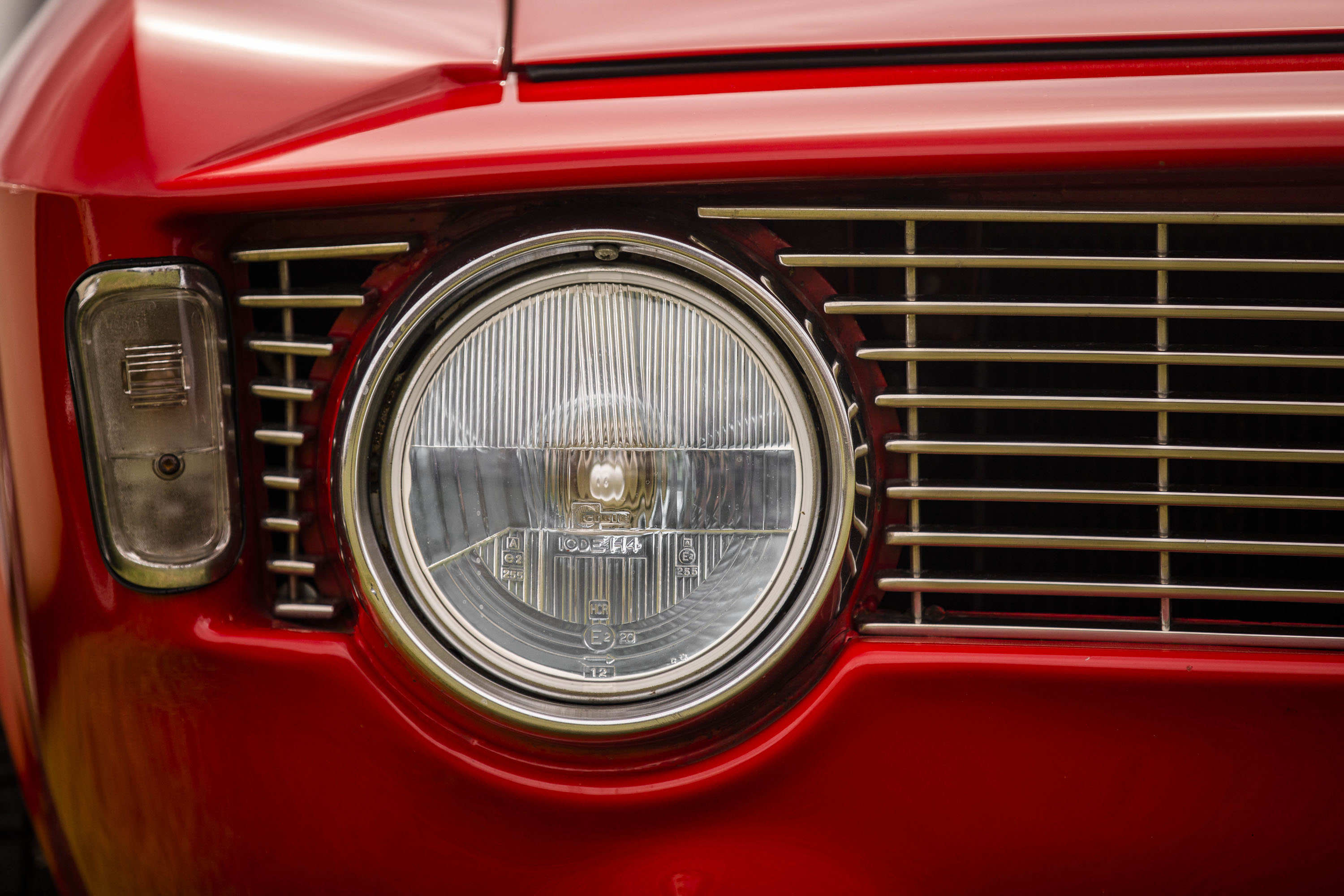 Alfa GTA headlight