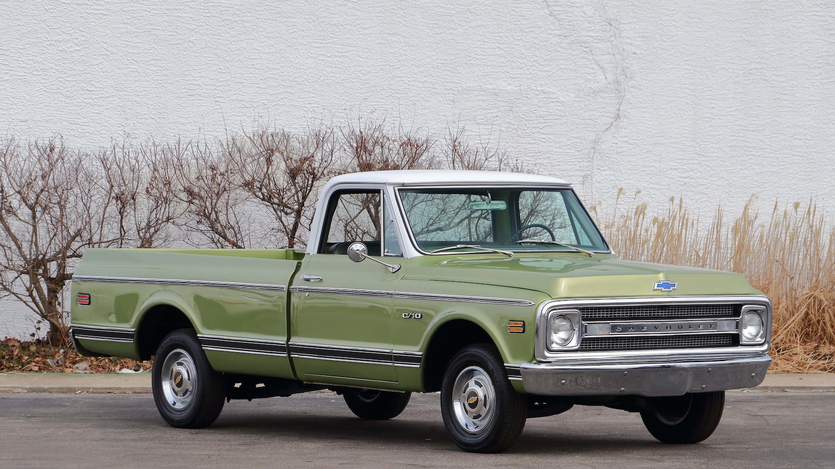 1970 Chevrolet C10 front 3/4