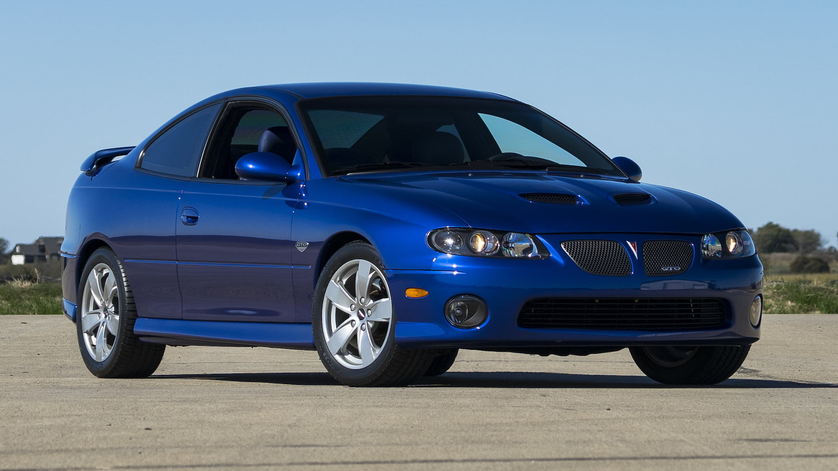 2005 Pontiac GTO blue