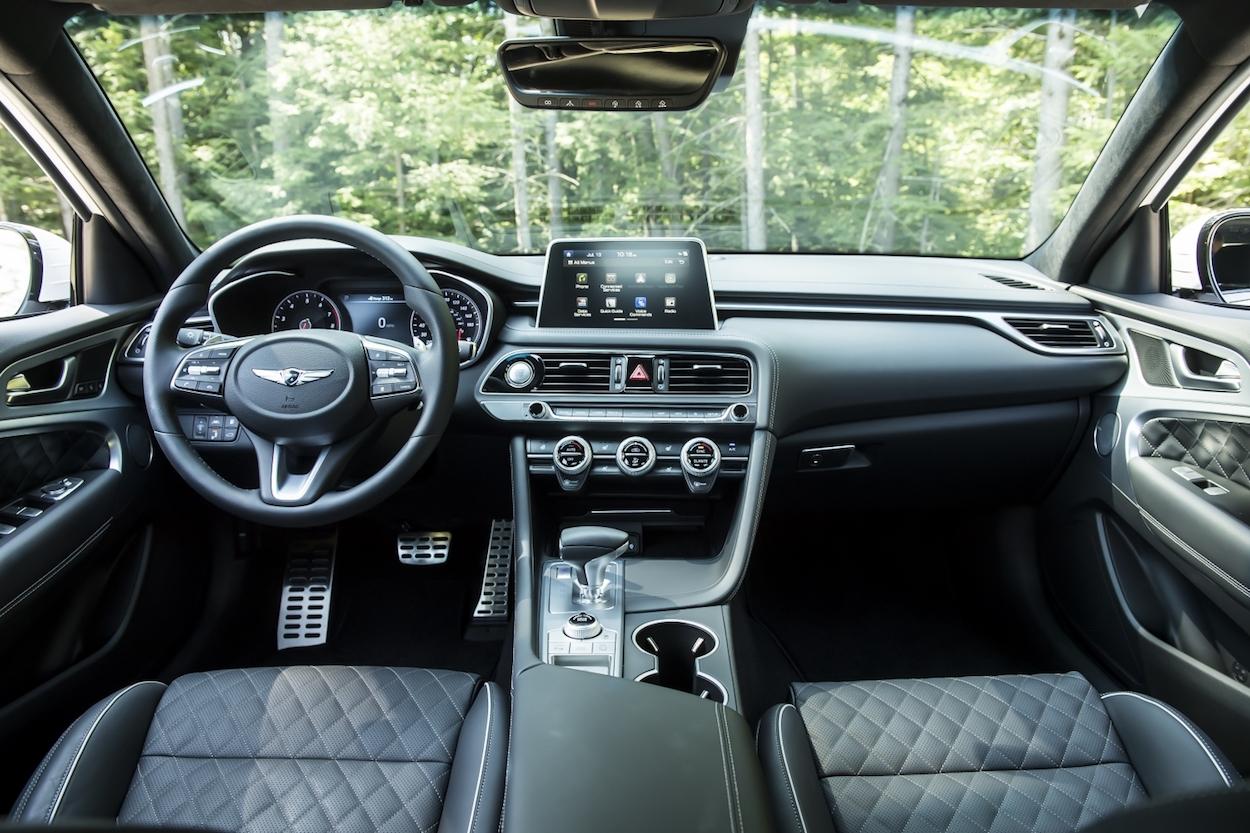 2019 Genesis G70 interior dash