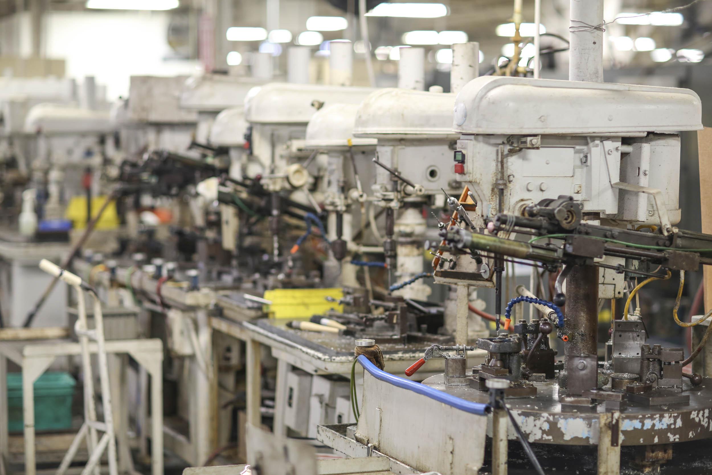 Holley carburetor assembly line