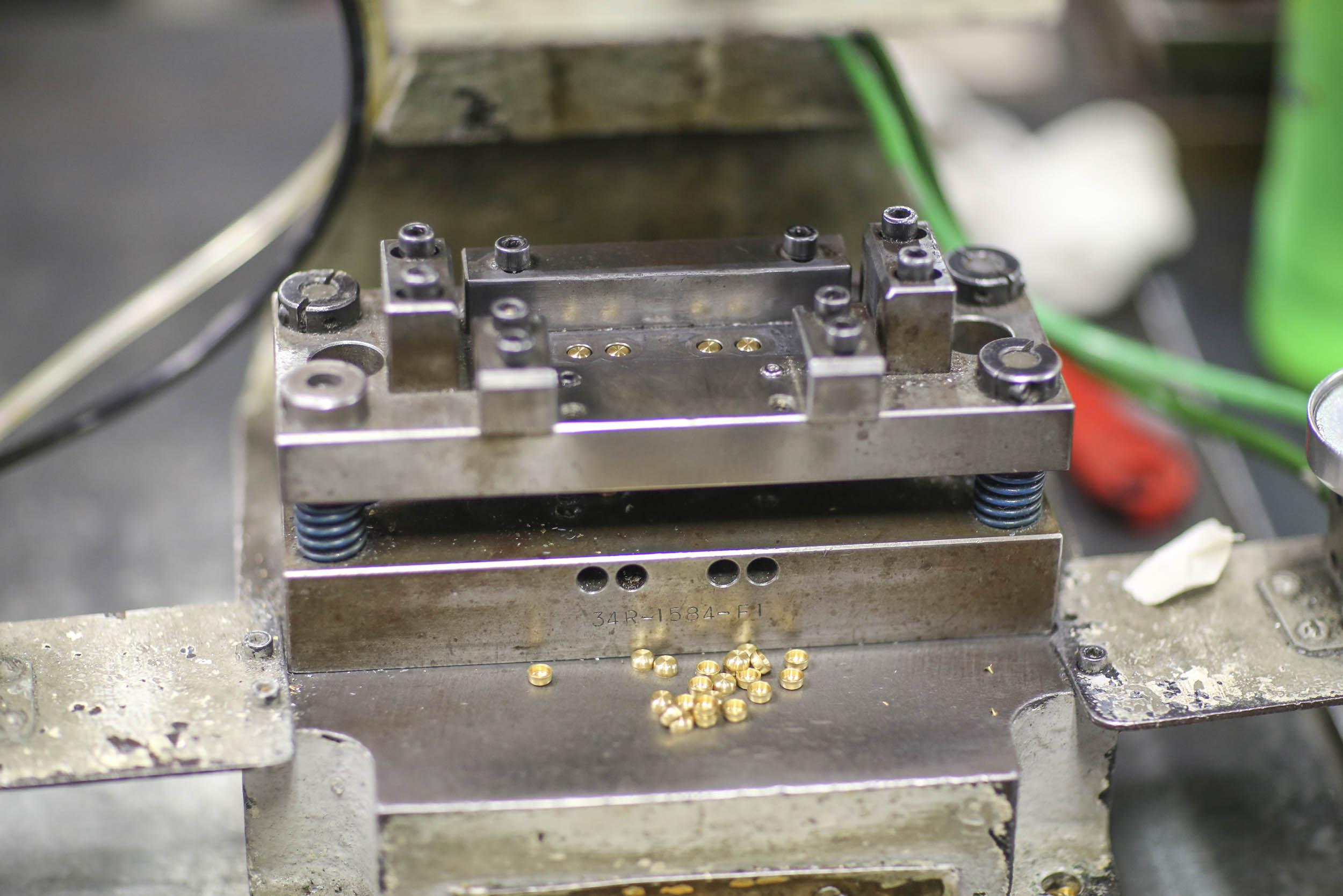 Holley four-barrel carburetor metering block