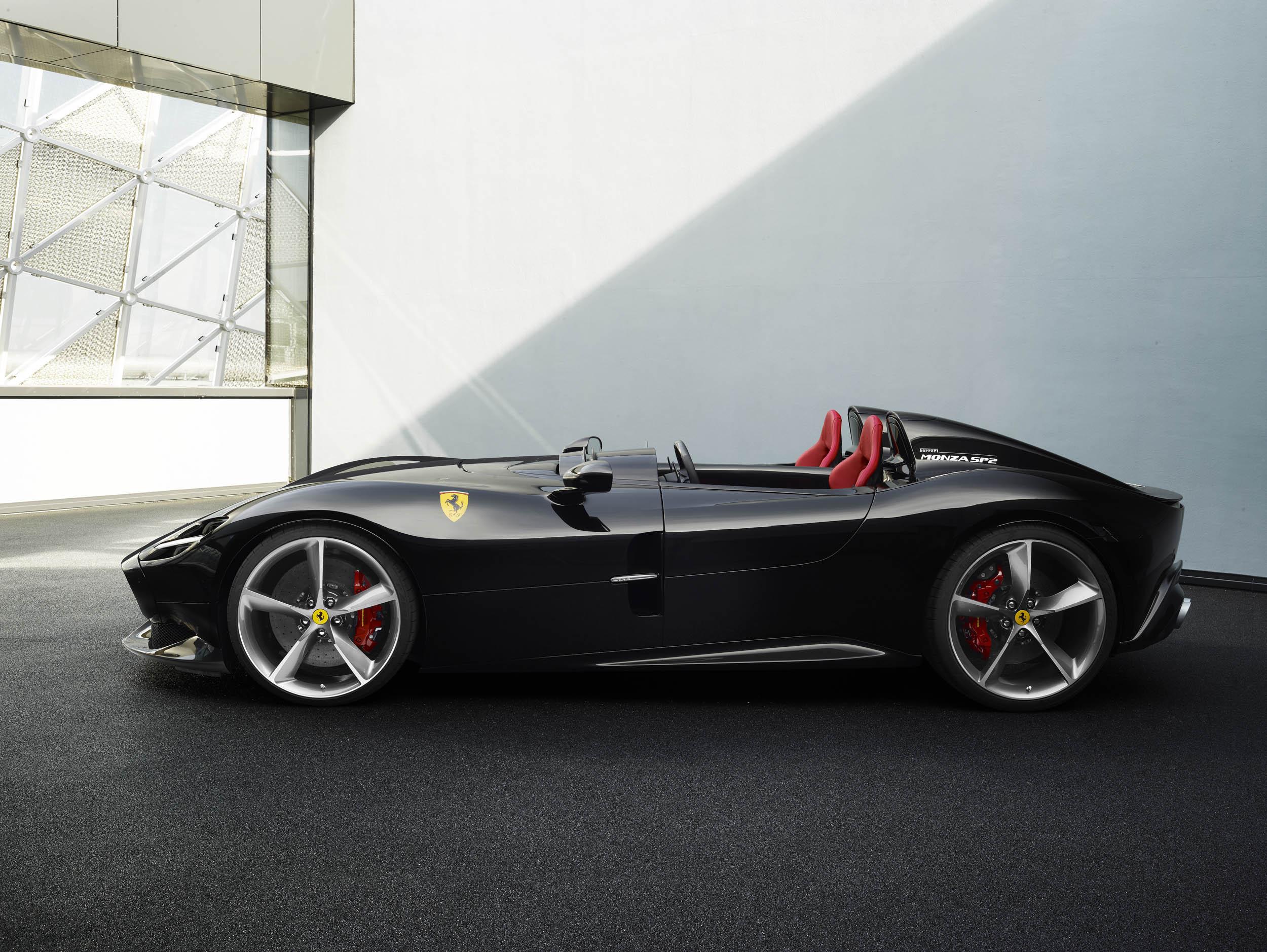 Ferrari Monza SP2 profile