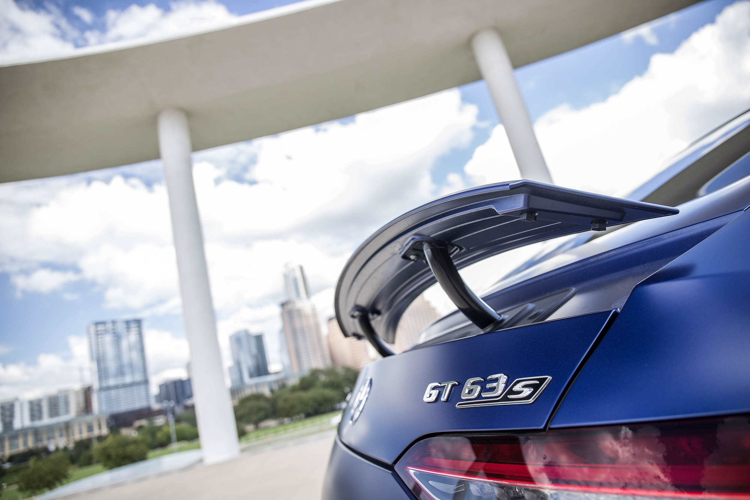 Mercedes-AMG GT 63 S wing